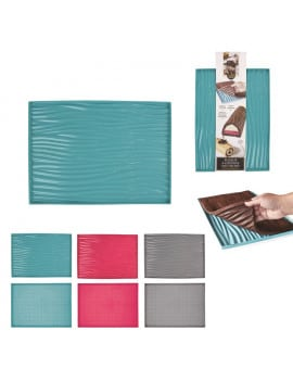 tapis-silicone-a-pois-patisserie