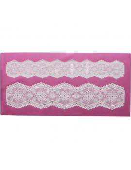 tapis-dentelle-broderie-anglaise-claire-bowman